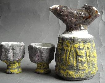 Sake-Set: bottle + 2 cups