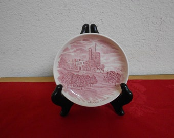 Norris Castle Butter Dish from the Johnson Brothers made in England / Mint Condition