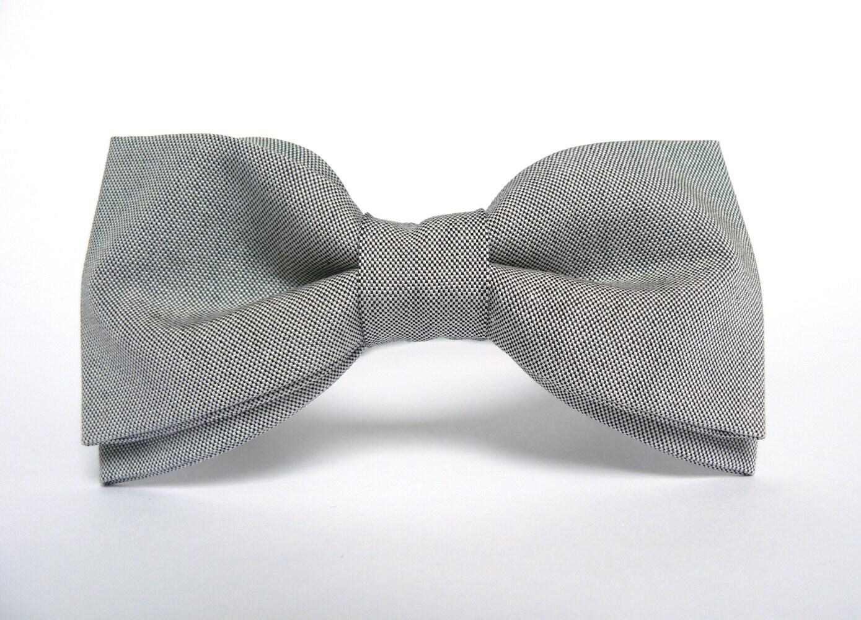 Grey Bow Tie for Men Wedding Bow Tie Gift for Men Bow Ties for Men Light Gray BowTie Bridegroom Gift for Groomsmen Mens Christmas Gift