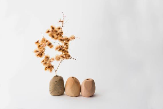 Wholesale Bulk Tiny Bud Vases in Earthenware