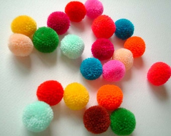 Yarn Pom poms, pompom, party pom poms, colorful, red, yellow, pink, green, blue, purple, orange, rainbow, 50 poms, handmade, candy, iammie