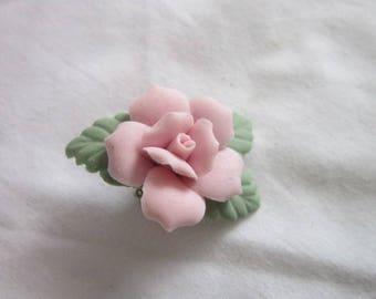 Vintage Bisque Chine Pink Rose Brooch
