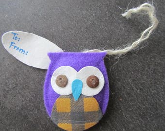 OWL tag, owl, 3D felt, fabric and buttons - 5 cm x 6 cm