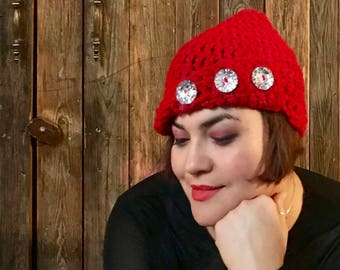 Crochet cloche hat with bling