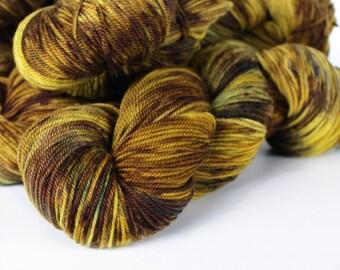 ROAR 328 yards on 3 ply Sportweight Wool Yarn/ Merino NSW no nylon