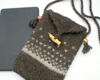 Kindle Fire, Nook, Kobo, iPad Mini eReader Case Carrier - Wool Felted - Made to Order - Brown Nordic