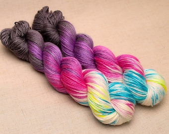 hand dyed yarn 'Hallowmas' Aran