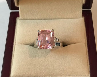 Vintage Sterling Silver Pink Ice Crystal Ring Size 7