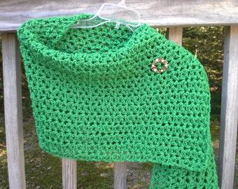 Green shawl, holiday green shawl, green prayer shawl, green crochet shawl, green shawl, green shoulder wrap, rectangle shoulder wrap