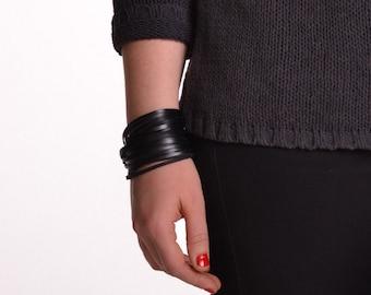 NIDA Leather Bracelet, Black Leather Bracelet, made from sturdy upcycled leather