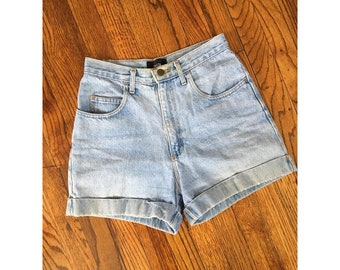 90's Light Wash Denim HIgh Waisted Denim Shorts