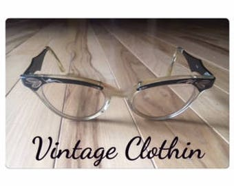 1950s Mother of Pearl & Filigree Cats Eye glasses, Cats Eye Glasses, Glasses, Vintage Glasses, 1950s Glasses, 1950s Cats Eye Glasses, 1950s