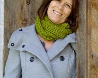 Infinity Scarf Cowl Knitting Pattern THE DOVER Chunky Outerwear