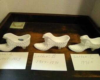 Fenton Hobnail Cat Shoe, Slipper, Boot, Vintage, White Milk Glass, Cat Lover Gift, Dresser Decor, Vanity, Farmhouse Style, Old