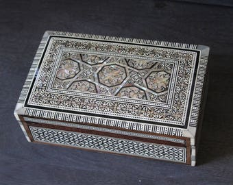 Egyptian Jewelry Box (Large) Hand-laid Mother of Pearl