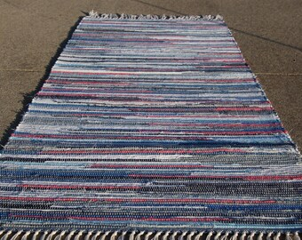 """Handcrafted Blues and Pinks rag rug 25"""" x 57"""" (M)"""