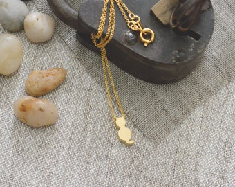 A-007 Gold cat necklace, Dainty animal necklace/Everyday jewelry/
