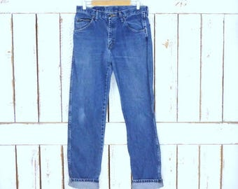 Wrangler high waisted straight leg blue denim vintage jeans/regular fit high waist jeans/33 x 34
