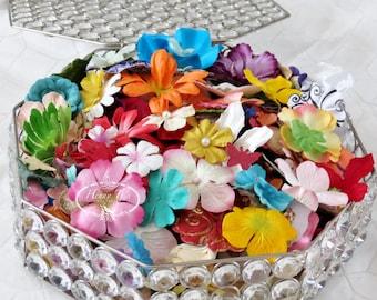 2 oz Sortiment bunte Mulberry Paper Flowers solide und gemusterte in gemischten unterschiedlicher Größen und Formen