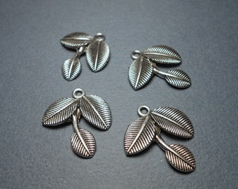 4 Leaf Charms, Leaf Pendant, Leaf Charm, Leaves Charms, 22x12mm Antique Silver Charm, Silver Leaf Charm Pendant, Nature Charm SC0048