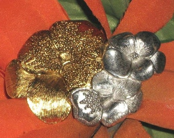Flower Power Vintage Brooch Pin Scarf Bag Hat Clip Pin Passion Pansy Marilyn Modernist Glam Silver Gold Designer Signed LC Liz Claiborne