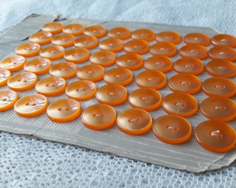 """0.6"""" - 48 Orange Buttons on Card - 16 mm - Vintage French Plastic Buttons"""