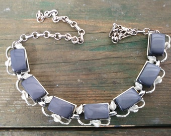 VTG moon glow thermoset necklace silver tone