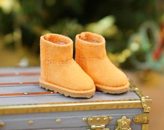 Boots for Lati Yellow doll or familiar size