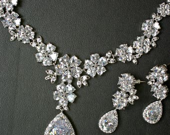 Crystal Bridal Set Necklace and Earrings, Statement Bridal Jewelry Set Silver, Crystal Wedding Jewelry for Brides, Crystal Jewelry Set