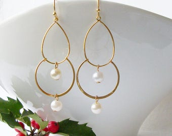 Gold and Pearl Chandelier Earrings, Pearl Chandelier Jewelry, Pearl Earrings, Mother's Day Jewelry Gift