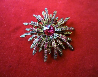 BROOCH COSTUME JEWELRY