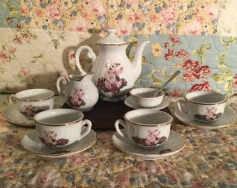 Steiff Bear and Roses Teaset