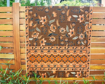 Malaysian / Indonesian batik sarong 100% cotton, brown with orange flowers and unique panel