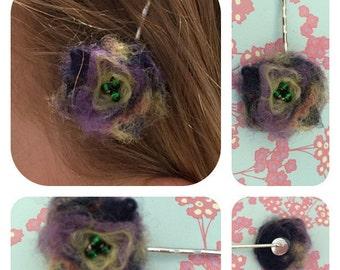 Handfelted flower hairslide