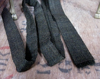 Primavera Tie, Skinny Tie, Mod Tie, Mod Dress, Wool Tie, Brown Wool Tie, Woven Tie, Wool Necktie, Vintage Tie, Pure New Wool, 1960s Necktie