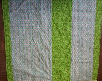 Modern Baby Quilt, Nursery bedding, Handmade, Baby Blanket, Gift, Baby Girl, Baby Boy, Rhombs, Green