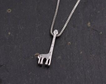 Sterling Silver Dainty Little Giraffe Pendant Necklace 18'' z93
