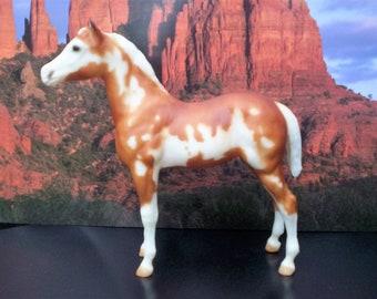 Breyer Palomino Paint Standing Stock Quarter horse foal pinto pony, colt