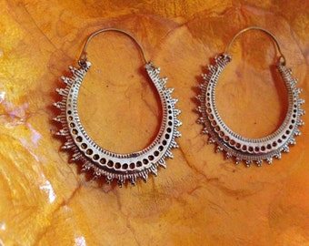 Tribal dot earrings