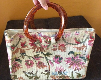 Vintage Floral Embroidered Handbag