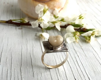 Modenist Molar Tooth Ring, Memento Mori Ring