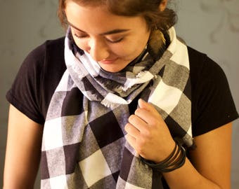 Black & White Check Blanket Scarf