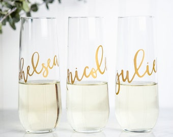 Personalized Champagne Flutes, Bridesmaid Gifts, Bridesmaid Proposal, Bridal Party Gifts, Bridal Shower,Wedding Custom Calligraphy Glassware