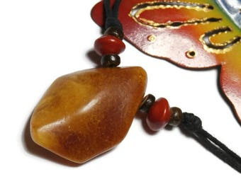 P4 * amber pendant necklace natural caramel color