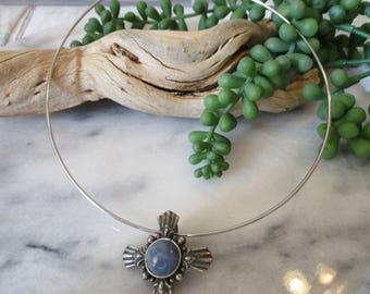 Pewter choker, Ladies choker, Wire choker necklace, Simple choker, Star pendant, Blue pendant, Handmade