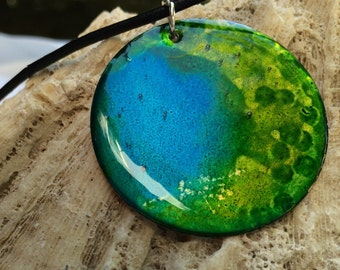 Alcohol Ink Lime Green & Blue Necklace (3)
