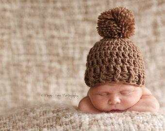 Newborn Brown Pom Pom Hat, Neutral Hat, Girl Or Boy Hat, Newborn Pom Pom Hat, Brown Hat, Newborn Photo Prop, Baby Boy Hat, Crochet Baby Hat