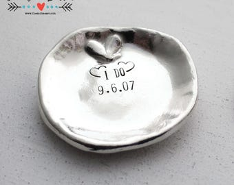 Trinket Dish | Personalized Ring Dish | Hand Stamped Trinket Plate | Custom Jewelry Dish | Wedding Present | Anniversary Gift | Mother's Day