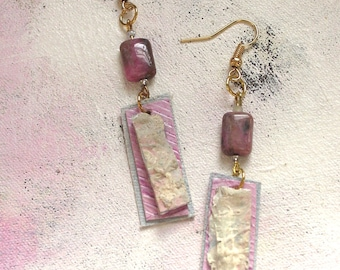 Taffy dangles upcycled artist palette in pastel spring colors