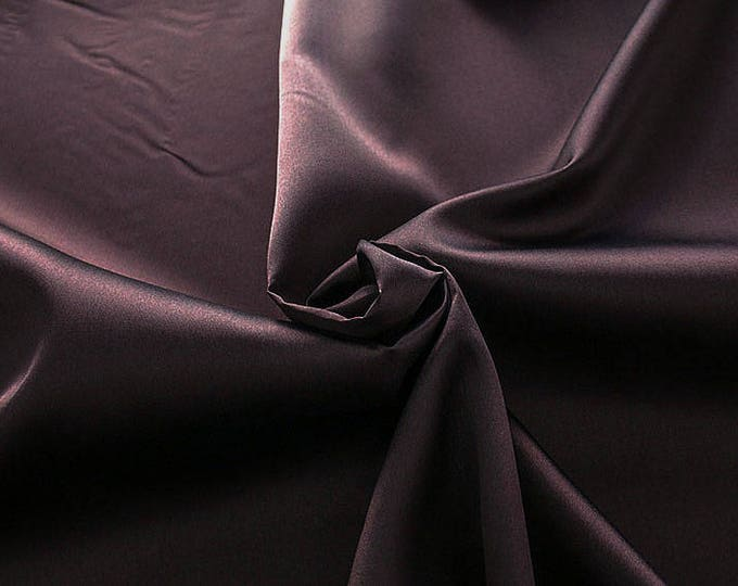 274027-Mikado-82% Polyester, 18 silk, 160 cm wide, made in Italy, dry cleaning, weight 160 gr, price 1 meter: 54.81 Euros